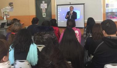 Segundo año de preuniversitario para alumnos vespertinos de Peñalolén