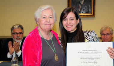 Académica Christina Haska obtiene premio de la Academia Chilena de la Lengua