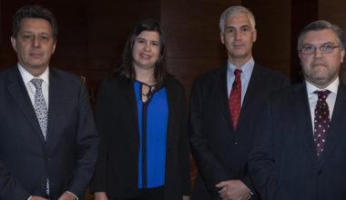 Directora del GobLab UAI participa de seminario de ética empresarial e inteligencia artificial