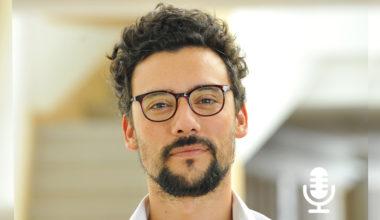 Arturo Arriagada y el rol de las redes sociales en tiempos de crisis