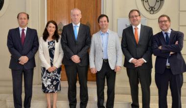 Ministros de Hacienda y Economía Inauguran CentroCompetencia UAI