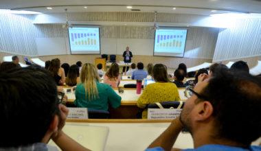 """Estudio """"Zoom al Trabajo"""" fue presentado en la Escuela de Negocios UAI"""