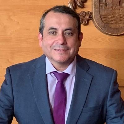 César Pino
