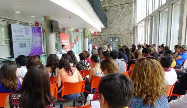 Facultad de Derecho dicta charla sobre la Nueva Constitución en la Municipalidad de Peñalolén