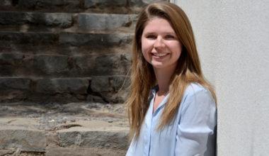 """Käthe Schulz, alumna CEMS UAI: """"Quería tener compañeros de distintas partes del mundo"""""""