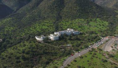 Escuela de Negocios UAI: MBA N°1 de Chile y por décimo primer año consecutivo entre las TOP 3 de la región