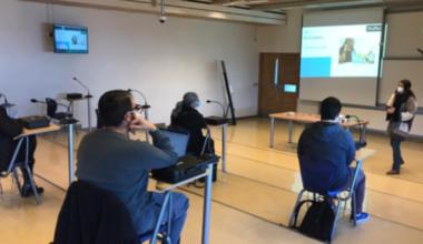 Profesores realizan talleres para el regreso en modalidad híbrida