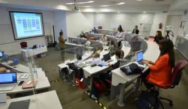 Visión estratégica para tu negocio: Advanced MBA te prepara para desafíos actuales y futuros
