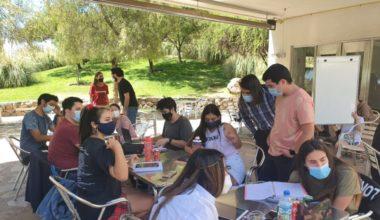Trabajo colaborativo: alumnos/as recomiendan estudios grupales y tutorías