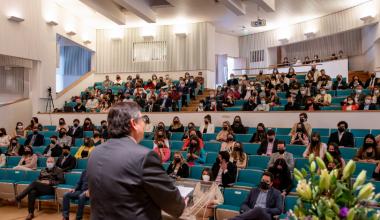 Graduados/as de Psicología del campus Viña reciben sus diplomas